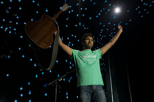 "Jack Malik (Himesh Patel) plays to adoring fans at Wembley Stadium in ""Yesterday."""