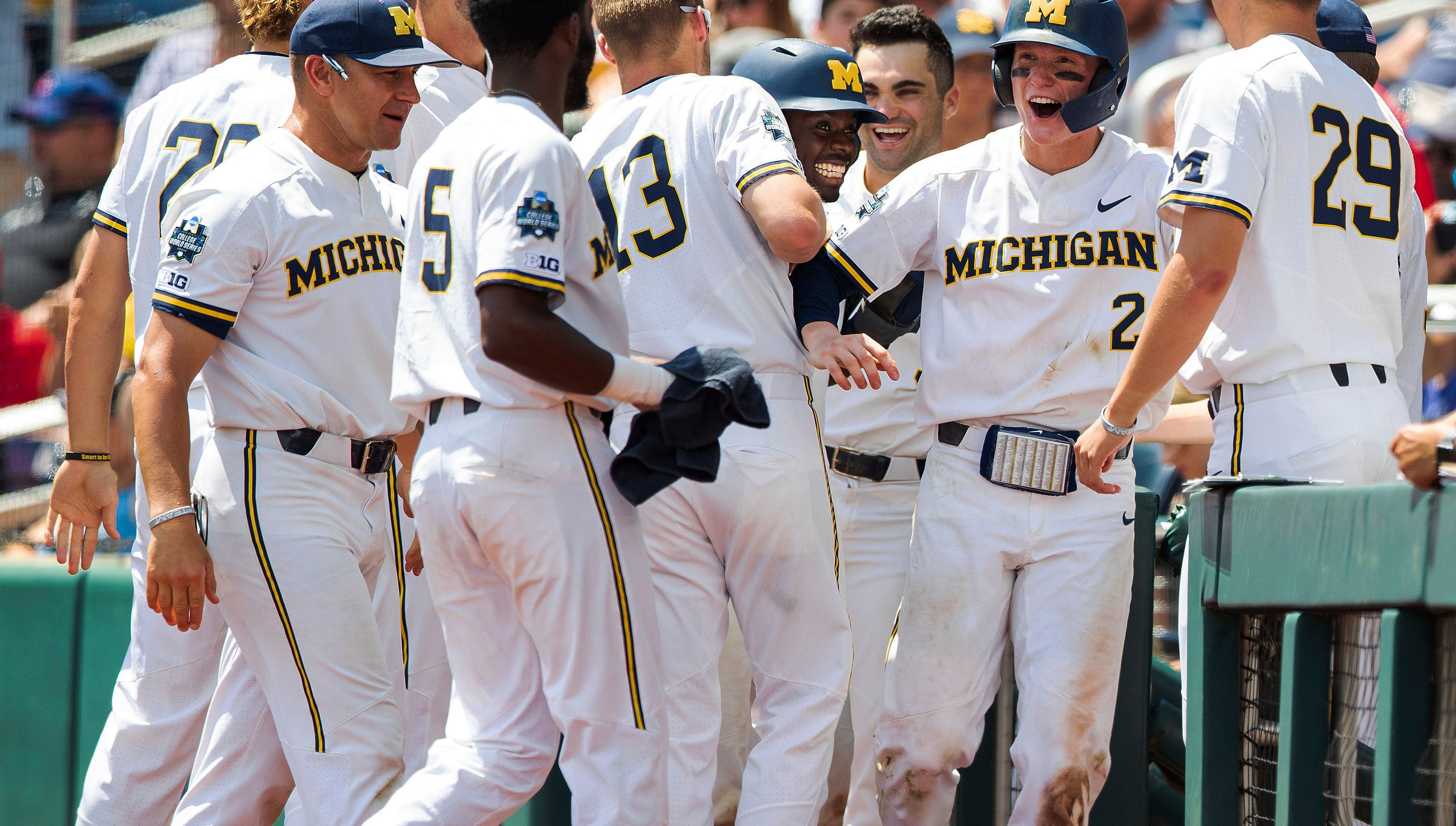 best service c8208 25ee5 Michigan baseball honors past during College World Series run