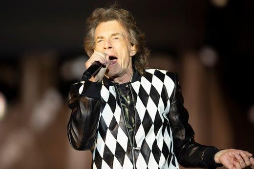Rolling Stones make triumphant return following Jagger's