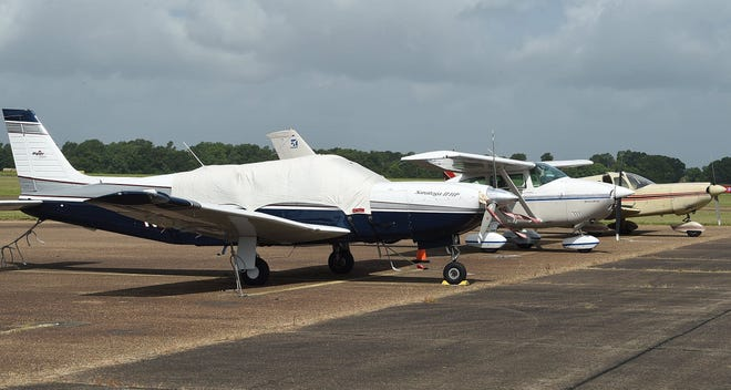 The St. Landry Parish Airport will receive $392,000 in federal grant money for the construction of a perimeter fence, airport manager David Allen said.