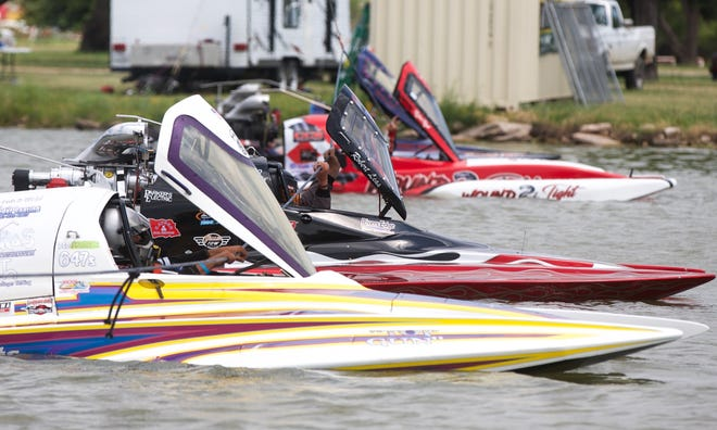 Drag boats line up before a race on Lake Nasworthy on Saturday, June 22, 2019.