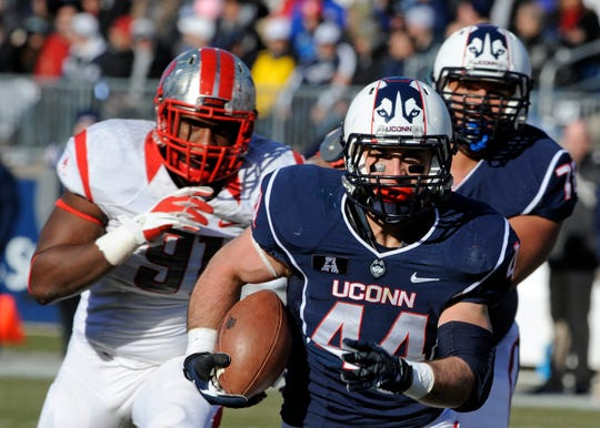 UConn football will be in trouble when Huskies leave AAC.