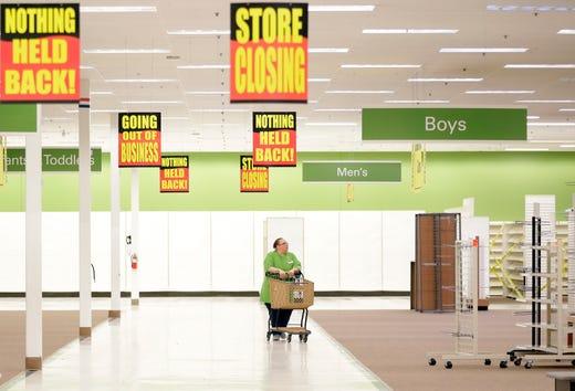 Shopko's last day: Sadness as Wisconsin retailer shuts down