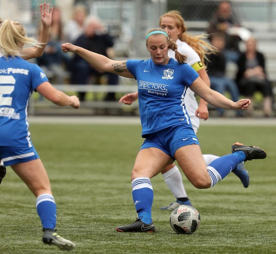 Oly-Pen Force's Lauren Hudson moves the ball down the field against the Washington Timbers at Gordon Field on Saturday, June 22, 2019.