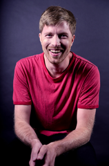 "Stand-up comedian/podcast host Shane Mauss' innovative ""Stand Up Science"" show comes to Des Moines on Friday."