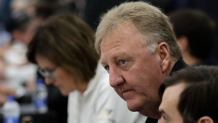 Larry Bird honored for lifetime achievement at NBA Awards