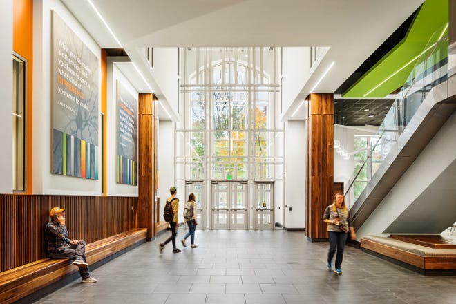 The interior of the Mossman Science Building on the UT Knoxville campus.