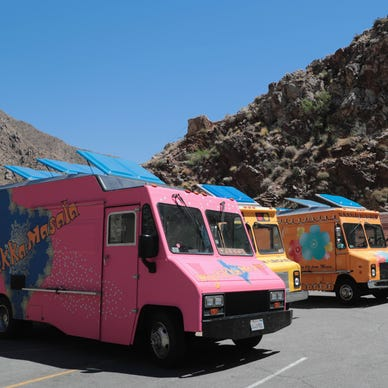 Video: Food Network's 'Great Food Truck Race' shoots episode at Palm  Springs Tram