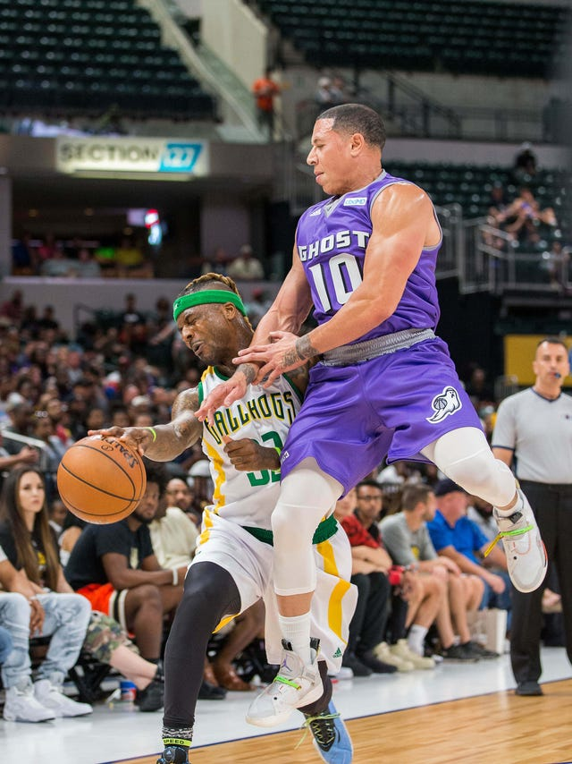 Mike Bibby moves on from coaching for now, leads Ghost Ballers