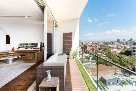 Sydney loft Airbnb Luxe listing