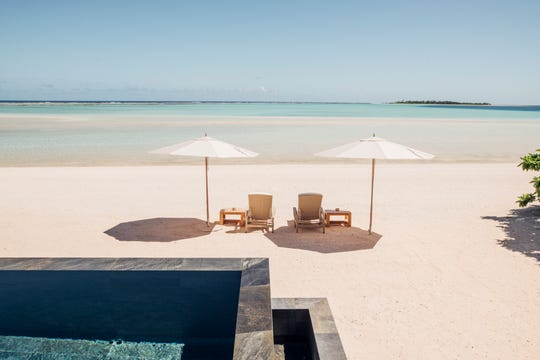 """Private island Airbnb Luxe listing """"Nukutepipi"""" in the Atoll de Nukutepipi in New Zealand"""