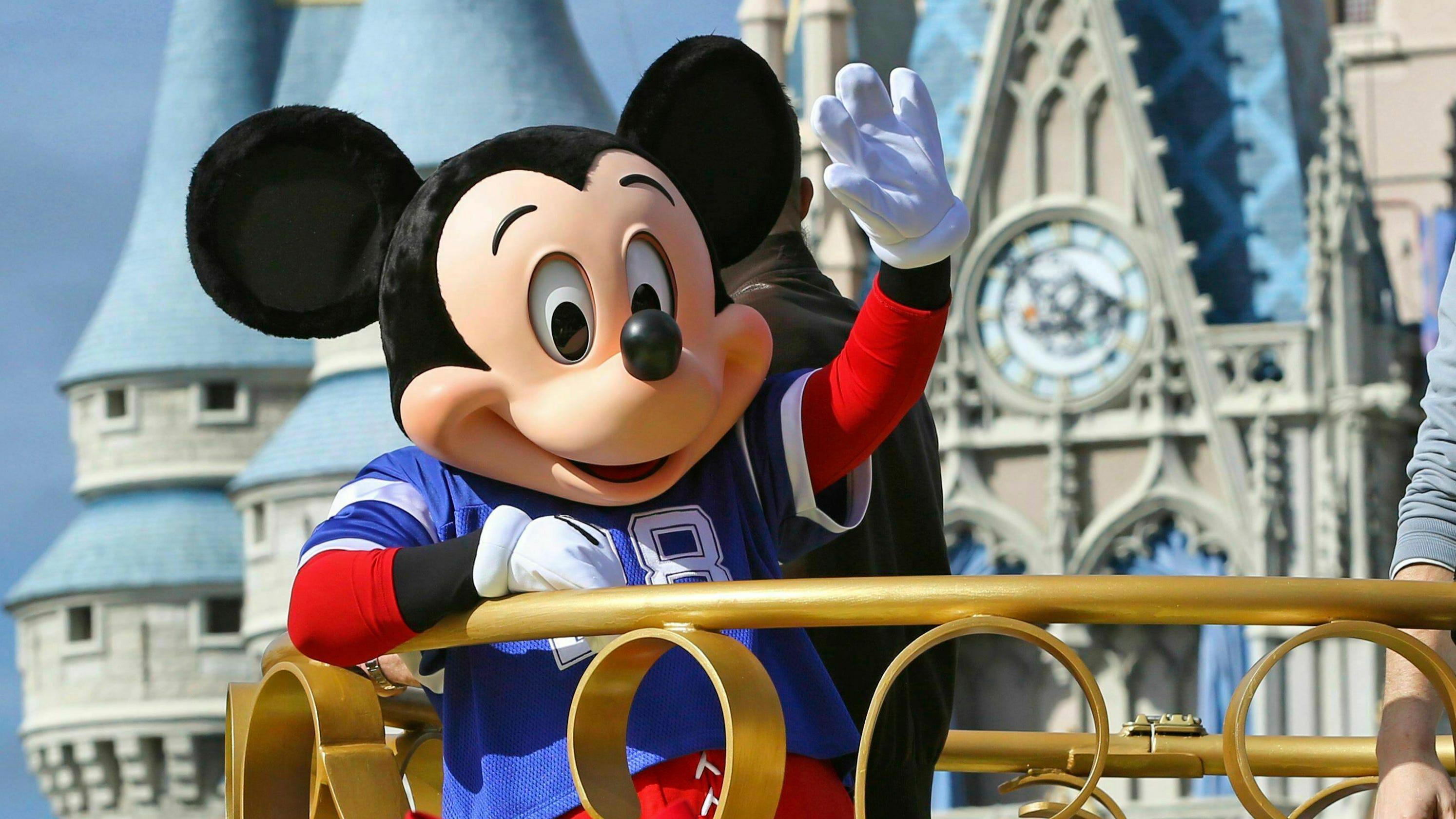 Disney characters win union shakeup at Walt Disney World