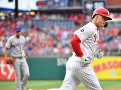 Phillies break out of slump with 19 hits, snap 7-game losing streak
