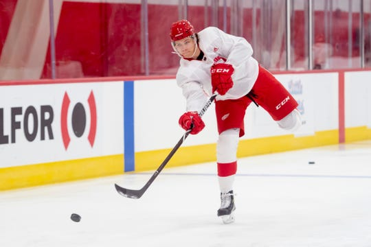 "Defenseman Moritz Seider showed ""poise and good sense"" during Saturday's Red-White intrasquad scrimmage."