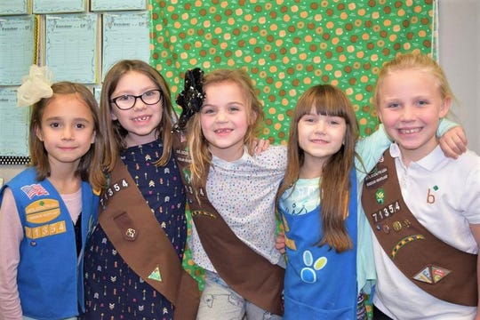 Lily Stone, Olivia Smith, Harper Lashmet, Kay Arnold, and Logen Cardwell are some of the members in Troop 71354.