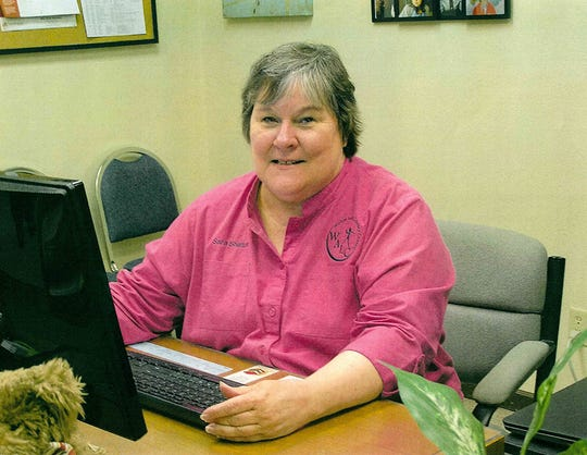 Sara Shelton, executive director of the Wichita Adult Literacy Council since its beginnings, steps down amid cancer battle. The nonprofit has grown from six clients to now more than 300.