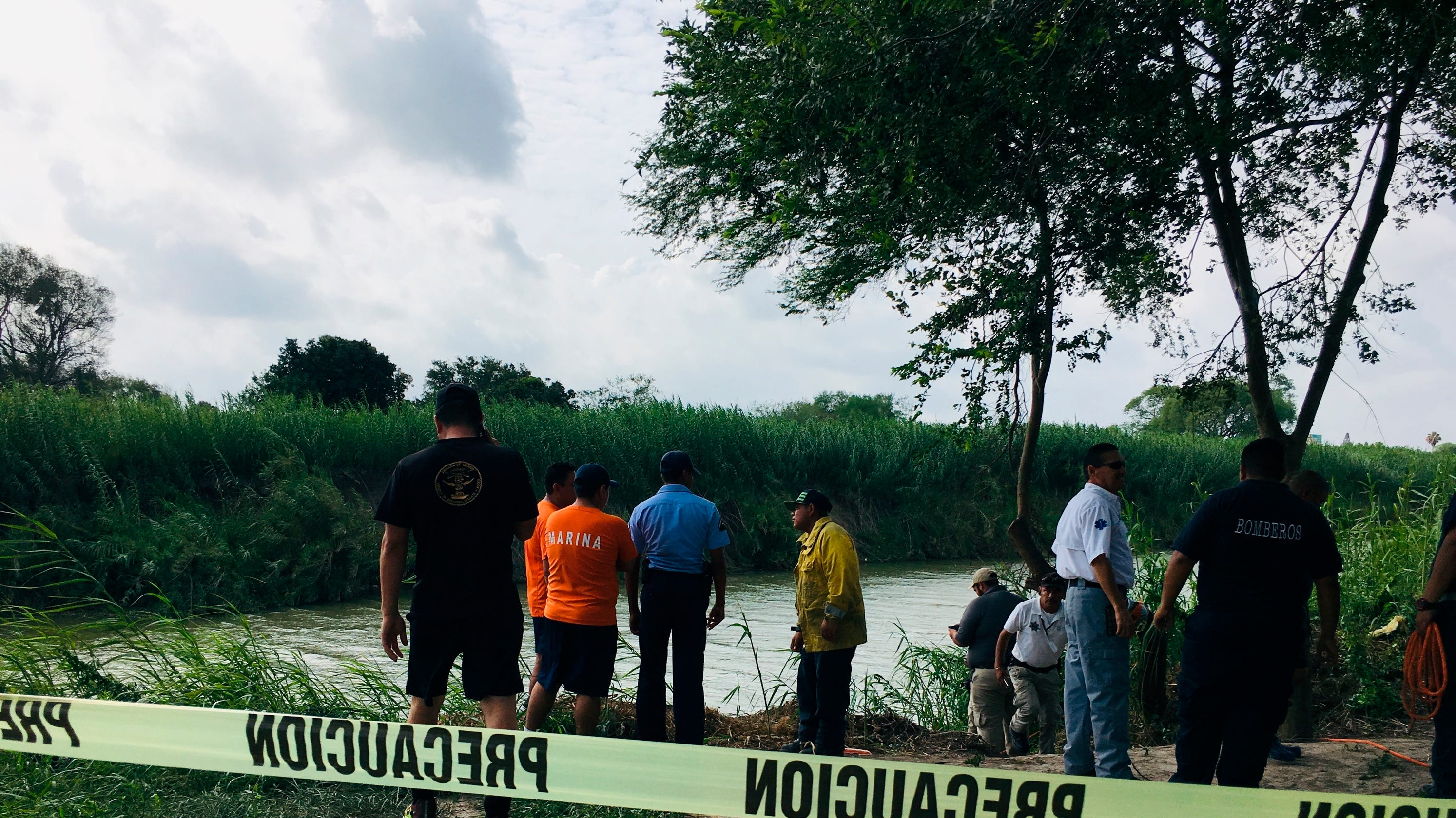 Graphic photo of drowned father and daughter stirs volatile immigration debate