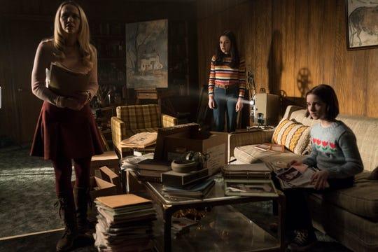 Babysitter Mary Ellen (Madison Iseman), BFF Daniela Rios (Katie Sarife) and Judy Warren (Mckenna Grace) have bigger problems than late bedtime.