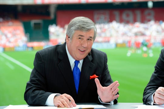 Bob Ley, an anchor at ESPN since the network's launch 40 years ago, has announced his retirement.