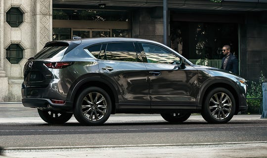 Now for 2019, the CX-5 takes its next key step with a high-quality interior befitting a new top-tier Signature trim level, the refinement of the powertrain lineup with the addition of the turbocharged Skyactiv-2.5T engine and an enhanced focus on the chassis featuring the latest technologies with G-Vectoring Control Plus.