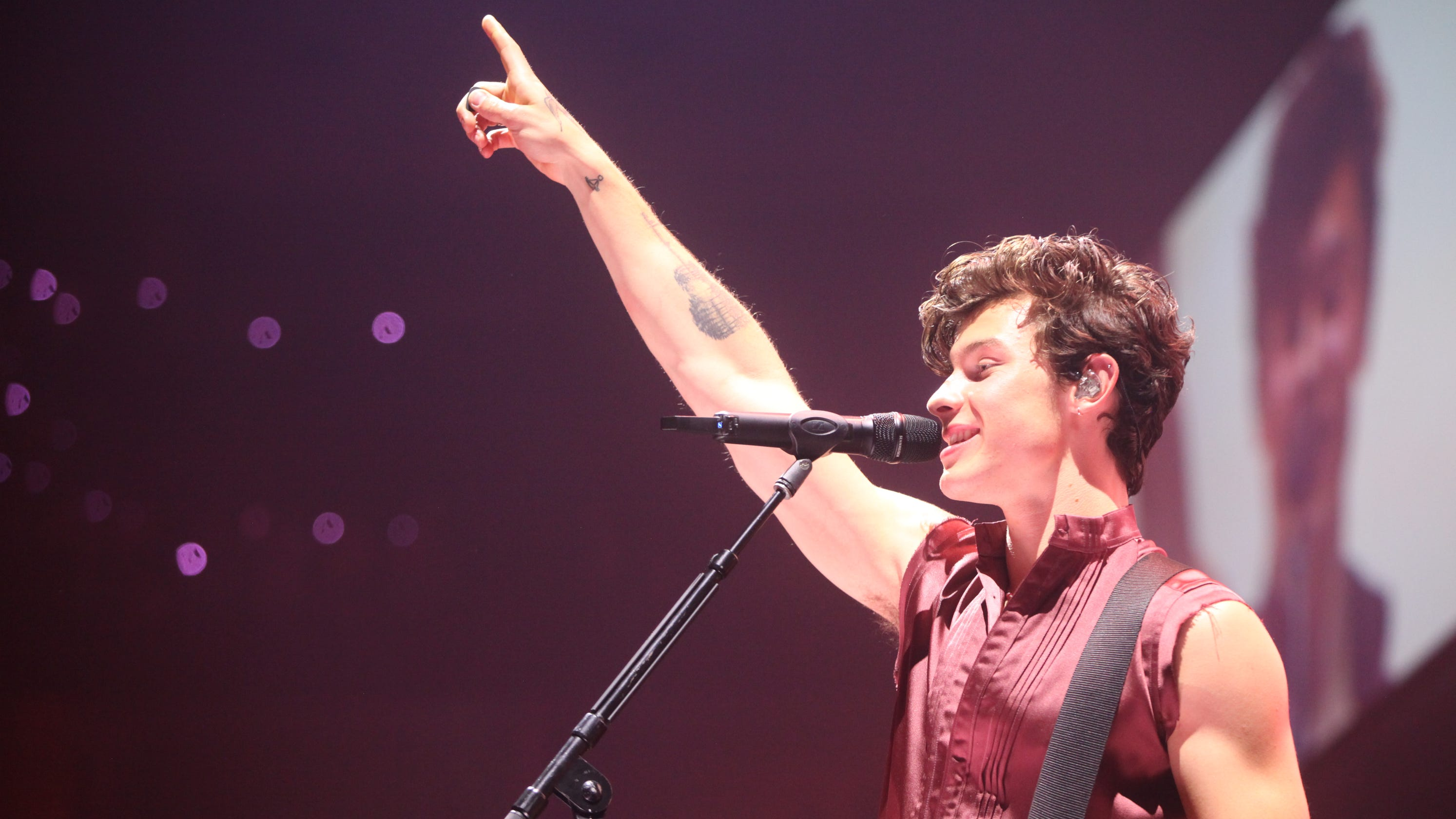 Shawn Mendes keeps getting better at Fiserv Forum concert in