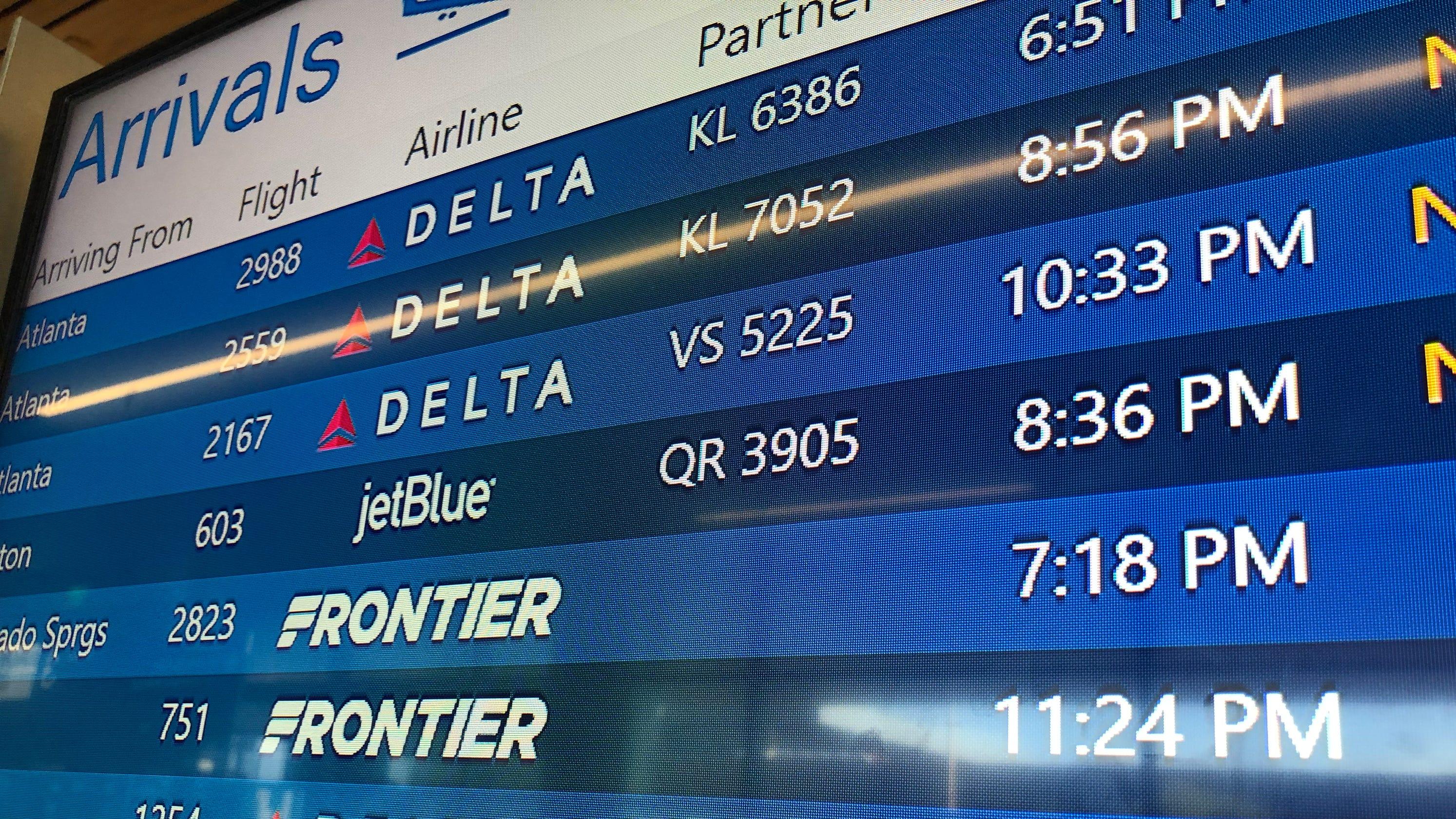 Allegiant, Frontier, Spirit cheap flights: Buy tickets at the airport