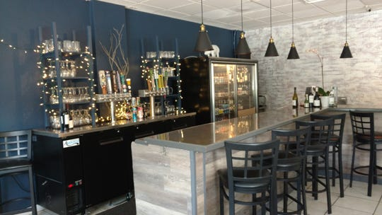 The Edgewood Eatery has an invitingly sleek, up-scale, navy and gray urban dining ambiance with a gracious staff. It's located at 1327 21st St., Vero Beach.