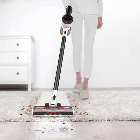 Tineco PURE ONE Cordless Vacuum Cleaner uses a special sensor to detect hidden dirt and automatically adjusts suction power based on the real-time dust amount.