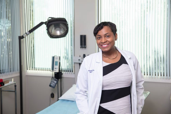 Laura Francois is anAdvanced Registered Nurse Practitioner forHealth First Medical Group.