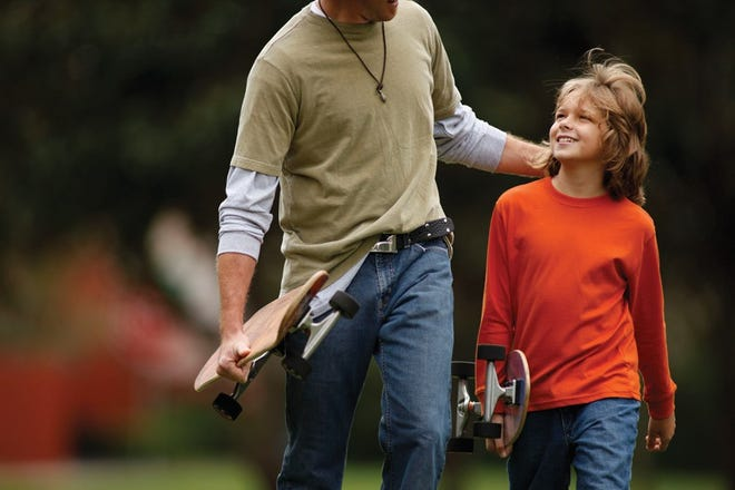 Pointing out shortcomings in comparison to others may make a child feel inferior and resentful. Instead, if you notice a child doing something good, be sure to compliment the behavior.