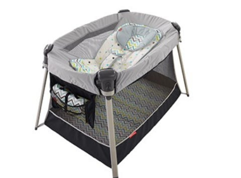 Ultra Lite Day Night Play Yards
