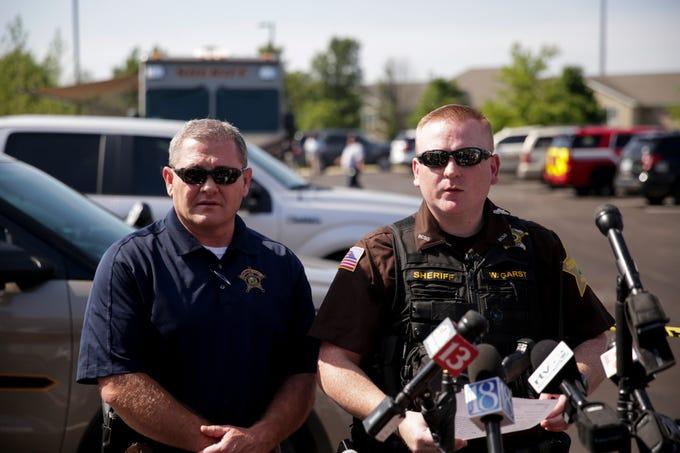 Indiana rape suspect Paul Etter kills self during police ...