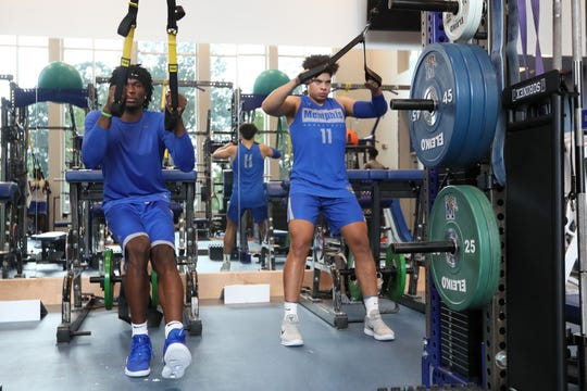 Memphis basketball freshmen Precious Achiuwa, left, and Lester Quinones work out Thursday.