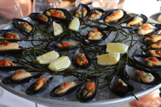 Try the mussels fra diablo from Jockey Hollow.
