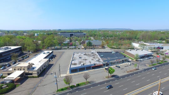 The first WowMoms World franchise in New Jersey will open in Paramus this fall. The real estate firm Cushman & Wakefield announced Wed., June 26, 2019, it helped secure the franchise's 6,200-square-foot lease at 154 Route 4 West in Paramus (pictured here).