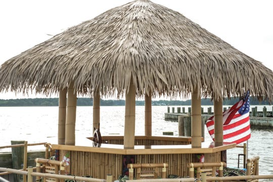 You can now hang out on a tiki bar while being driven around Rehoboth Bay, thanks to Cruisin' Tikis.