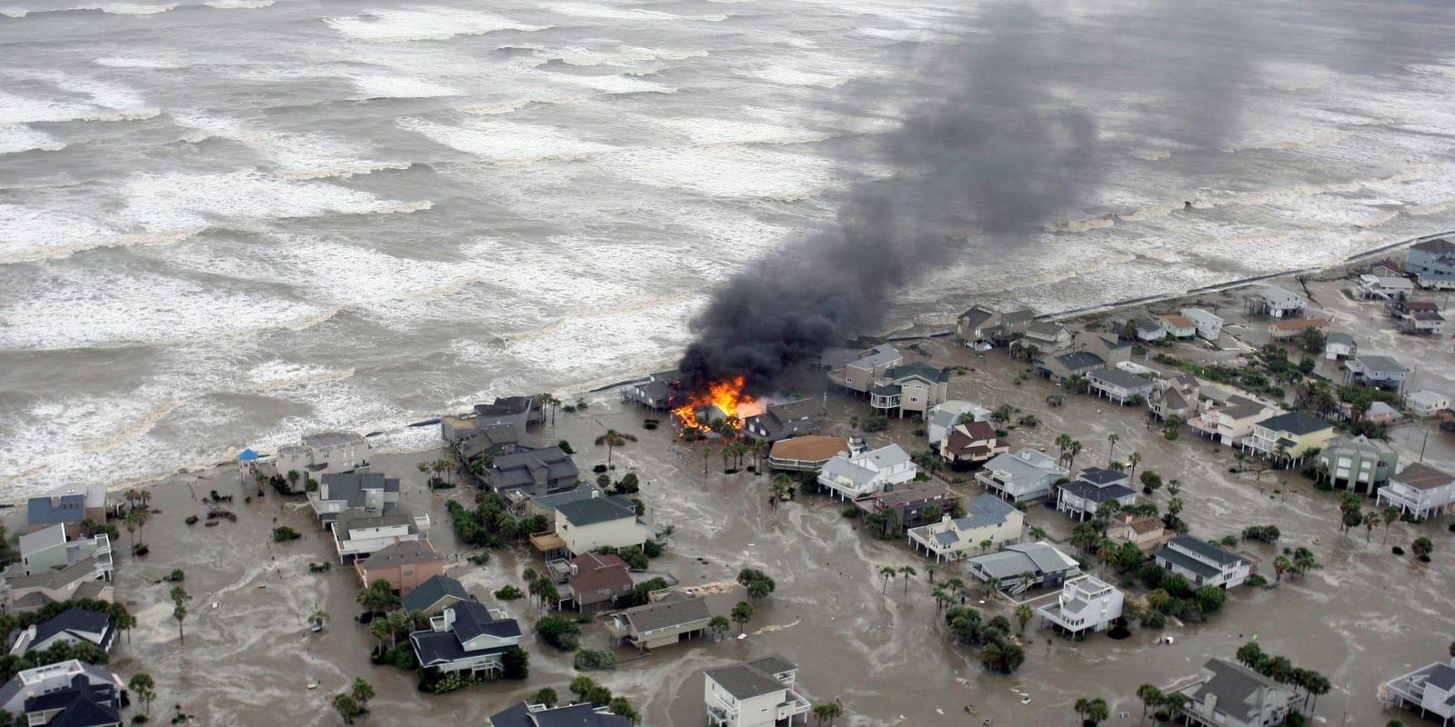 чаще ураган катрина фото менее