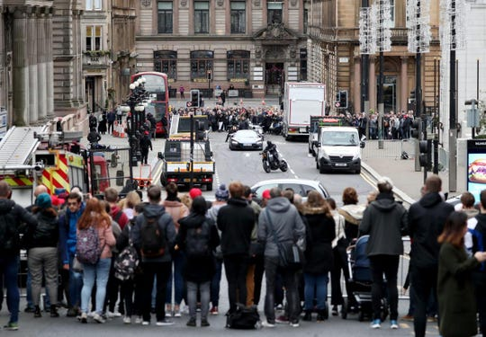 The Fast and the Furious shooting stunts in Glasgow City Centre.