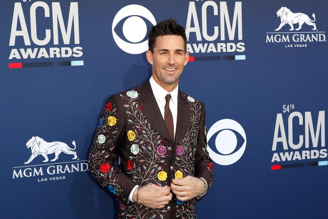 Jake Owen arrives for the 54th Annual Academy of Country Music Awards in Las Vegas, Nevada, USA, 07 April 2019.