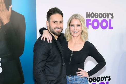 'Good Morning America' co-host Sara Haines welcomes baby No. 3: 'Let the sleep deprivation begin!'
