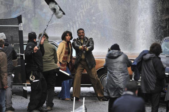 Halle Berry (left) and Keith David filming Cloud Atlas in Glasgow City Centre.