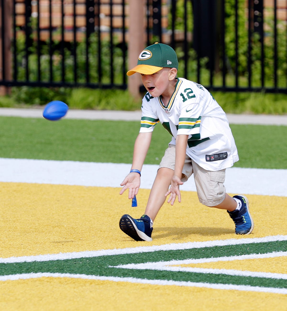 78098f5e Northwestern Mutual, Packers host campout for cancer patients, families