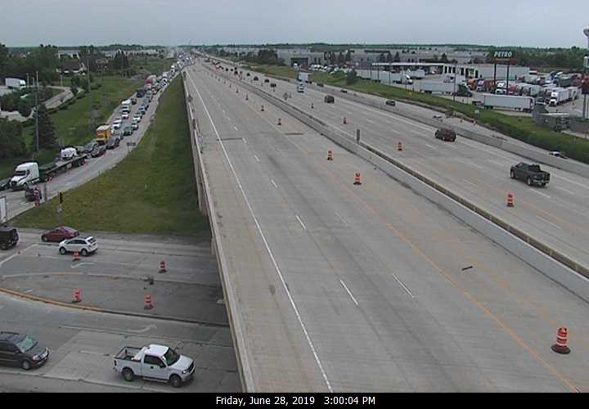 Milwaukee traffic: All lanes of I-94 northbound reopened