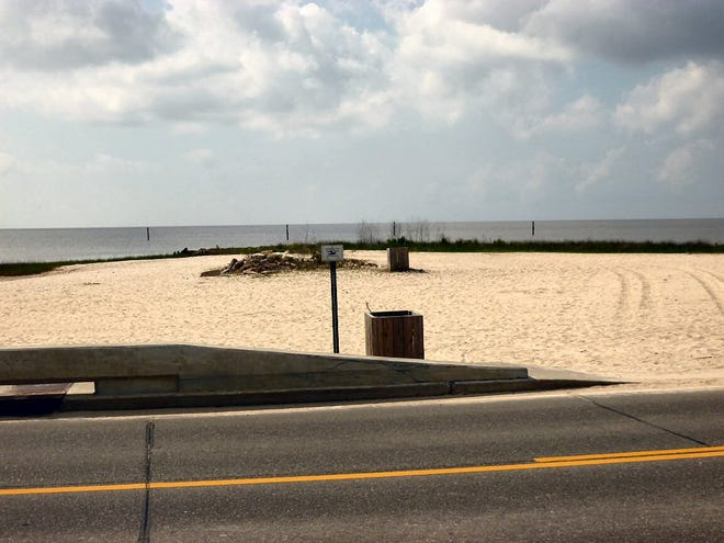 Mississippi Closes Two More Beaches On Gulf Coast