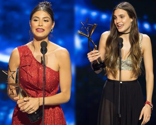 """El amor de Juliana (Bárbara López) y Valentina (Macarena Acahaga) conquistó al público juvenil, que las llamó """"Juliantina"""", por lo que el productor Billy Rovzar decidió hacer la película y la serie."""