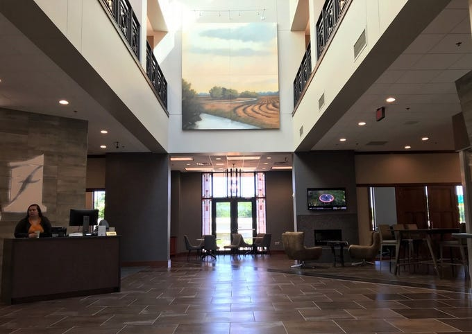 The remodeled lobby of the First Bank & Trust location at 2300 W. 57th St. in Sioux Falls, which now includes new, no-cost coworking space and a meeting room.