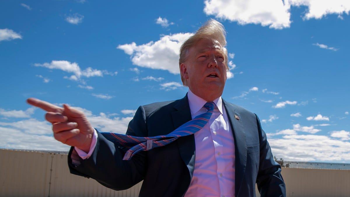 Trump to visit U.S.-Mexico border to laud border wall 1