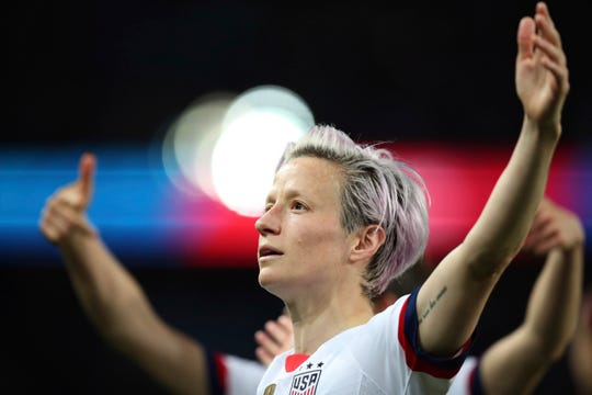Megan Rapinoe, center, has scored four goals in the United States' last two Women's World Cup matches.