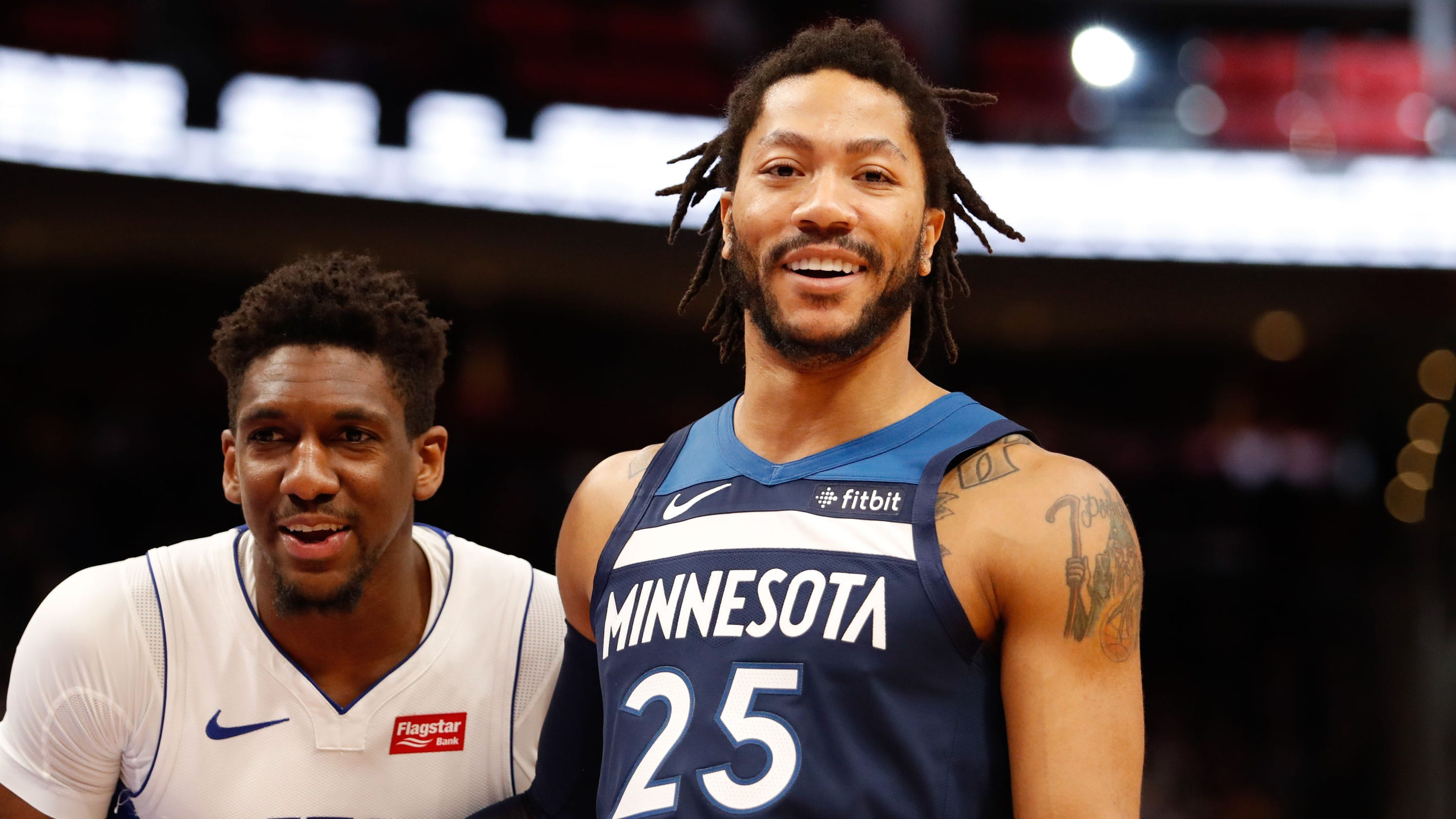 nouveau concept ca815 8eb15 Why Derrick Rose is an upgrade over Ish Smith for Pistons