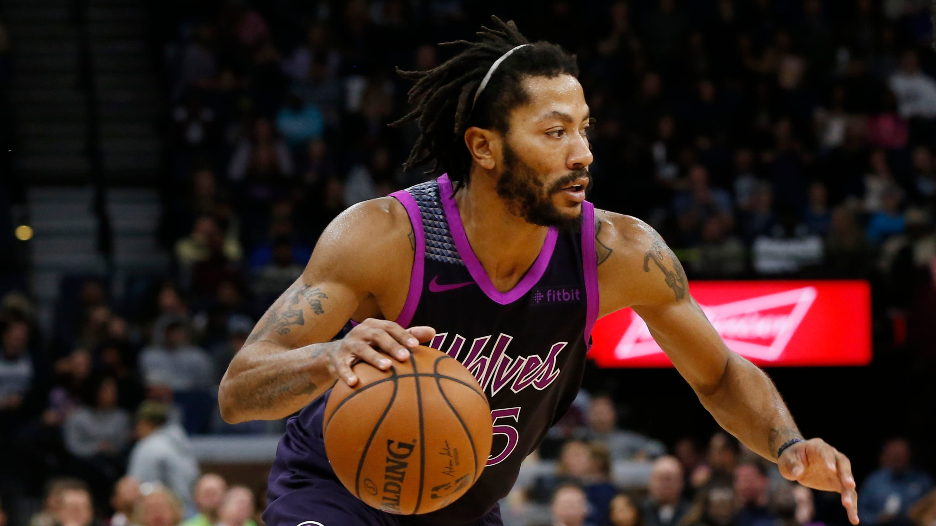nouveau produit bc3be 0b57e Pistons reach two-year deal with former MVP Derrick Rose